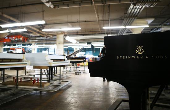 郎朗探访斯坦威钢琴厂6