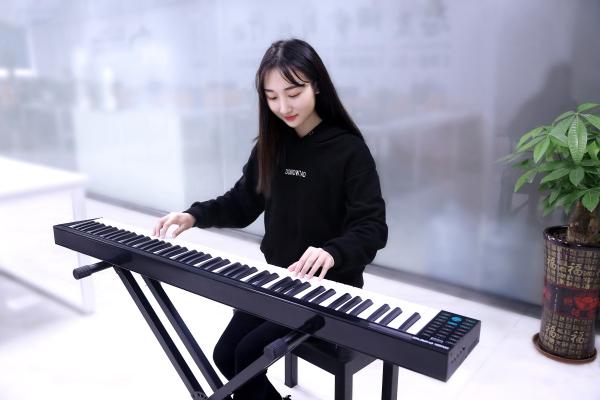 科汇兴电子琴学习琴谱-我心永恒